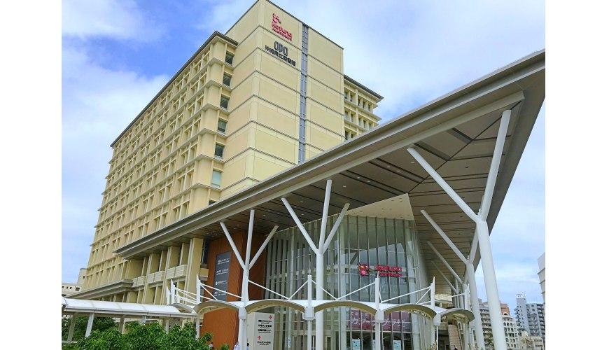 沖繩那霸有許多國際知名或本地有名氣的品牌進駐的新開購物中心「那霸OPA」。
