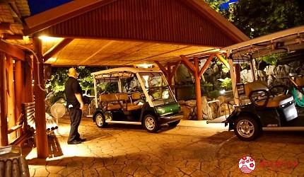 沖繩旅遊孝親自由行推薦美食餐廳「百年古家 大家」的無人駕駛車
