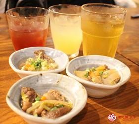 沖繩旅遊孝親自由行推薦美食餐廳「波照間」的沖繩傳統豆皮小菜