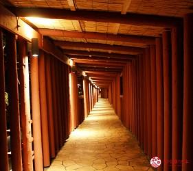 沖繩必吃美食推薦11選燒肉店家「百年古家大家」山坡隧道