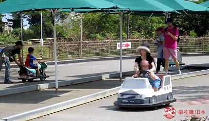 沖繩旅遊親子必去動物園「沖繩兒童王國」的 RIDES SECTION 遊樂場的兒童迷你車