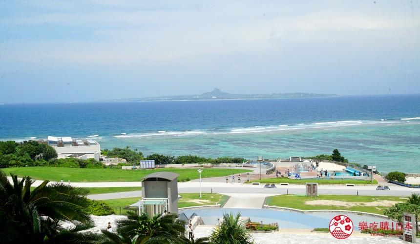 冲绳必去景点推荐「美丽海水族馆」附近的广场与沙滩