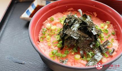 沖繩必吃美食推薦11選海鮮店家「海人食堂」的鮪魚蔥花丼