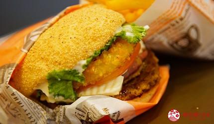 沖繩必吃美食推薦11選美國料理「A&W」的招牌漢堡